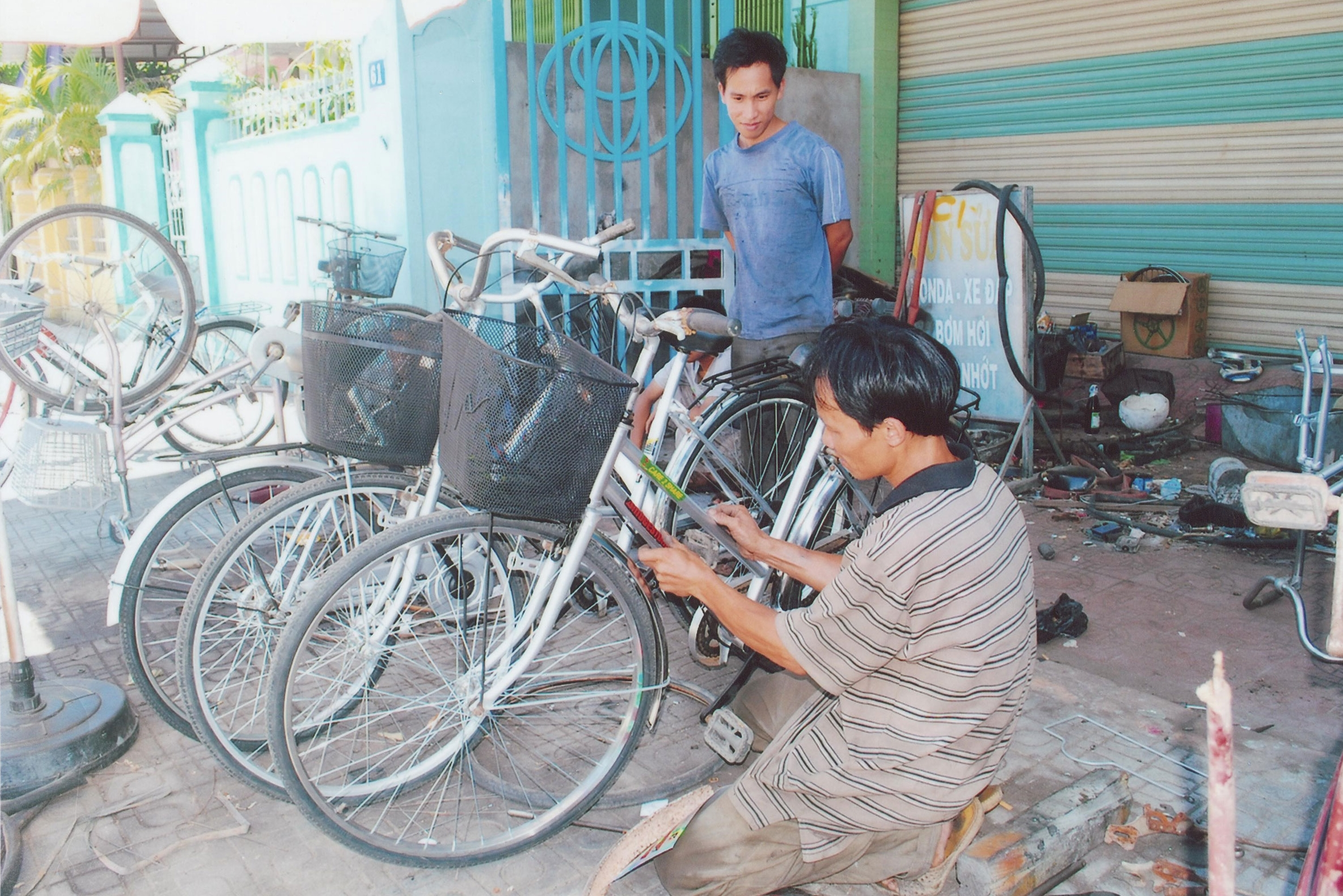 Creating local jobs and promoting recycling through VNF's Vietnam Recycled Bikes Program