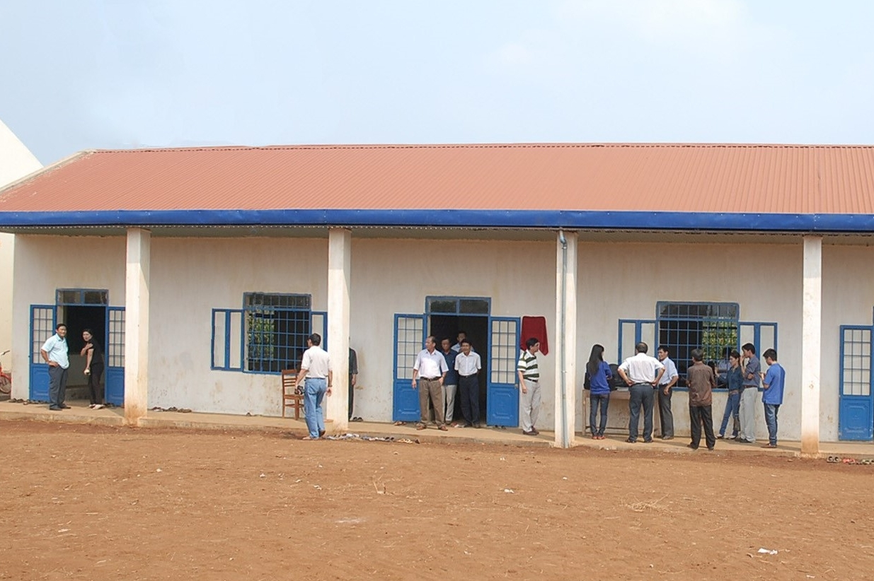 Brand new 3-classroom building complete with toilet facilities