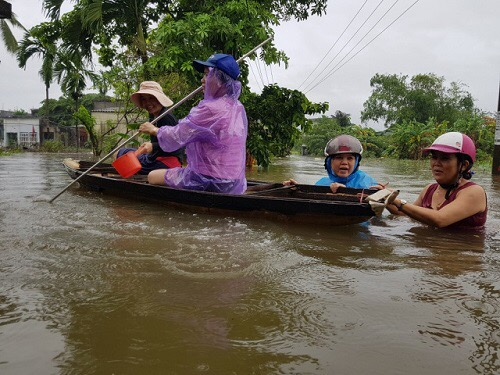 Flood in central Vietnam 2020